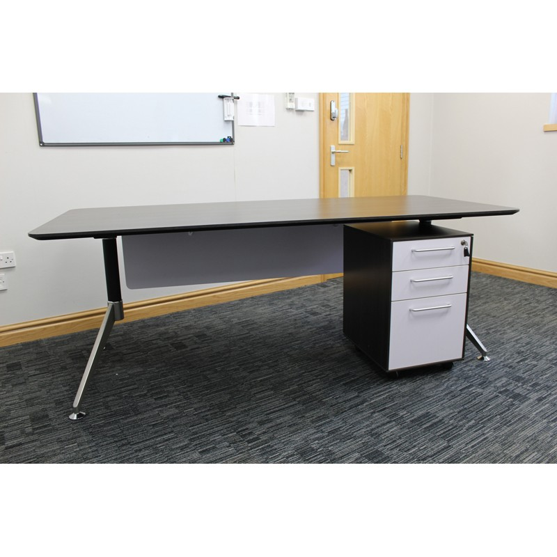 Office Desk Hire