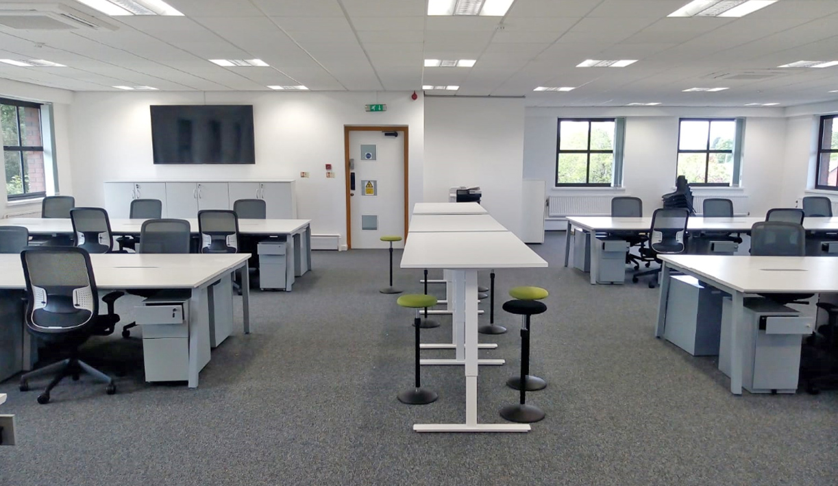 Office Furniture: Long Term Office Furniture Hire